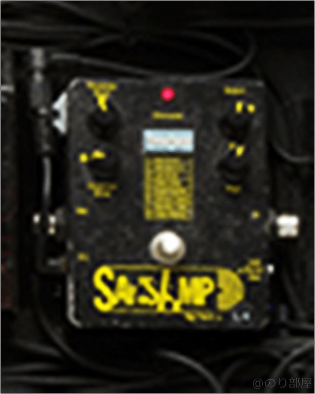 SansAmp 【国内正規品】TECH21 Classic ギター用アナログアンプシミュレーター & オーバードライブ/ディストーション/DIボックス 本人使用エフェクターのツマミ・ノブの位置 【徹底紹介】野田洋次郎(RADWIMPS)のエフェクターボード・機材を解析!ツマミ・ノブの位置も分かる!ギターを支える足元の機材の数々を紹介! #野田洋次郎 #RADWIMPS #ギター #エフェクター【金額一覧】