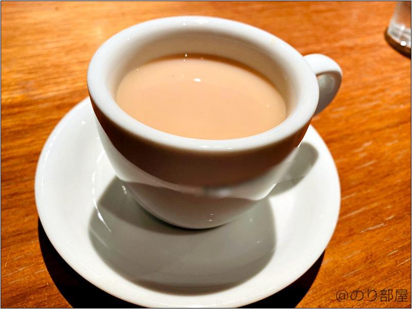 シャッターズ 自由が丘は食後の紅茶やコーヒーも美味しい【SHUTTERS】【最高】シャッターズ 自由が丘 のとろっとろのスペアリブとアップルパイアラモードが絶品で美味しい!ランチがコスパが良くてオススメ!【SHUTTERS】