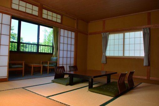温泉宿福寿荘の客室