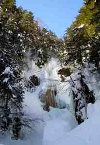 三本滝ー本沢の氷瀑