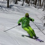 Ski-est 滑走シーン