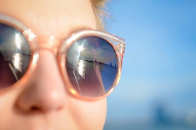 サングラス 選び方 UVカット 寿命 効果