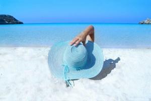 日焼け対策 日焼け後のケア 日焼け 痛い 化粧崩れ 氷パック 氷ケア シミ そばかす くすみ 乾燥肌 防止 予防 改善 あせも かゆみ 効果 夏 肌 トラブル 100均 氷のう アイスパック