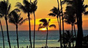 ハワイ 旅行 安く 安い 時期 ポイント