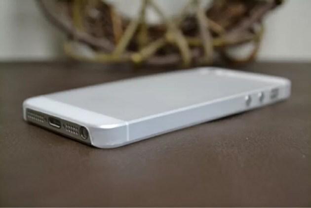 0.35mm極薄ケースiPhone5s1