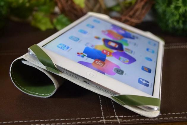 iPad miniの超軽量カバーキーボードスタイル1