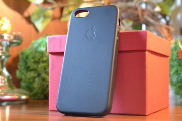 Apple純正のiPhone5sケースブラック1