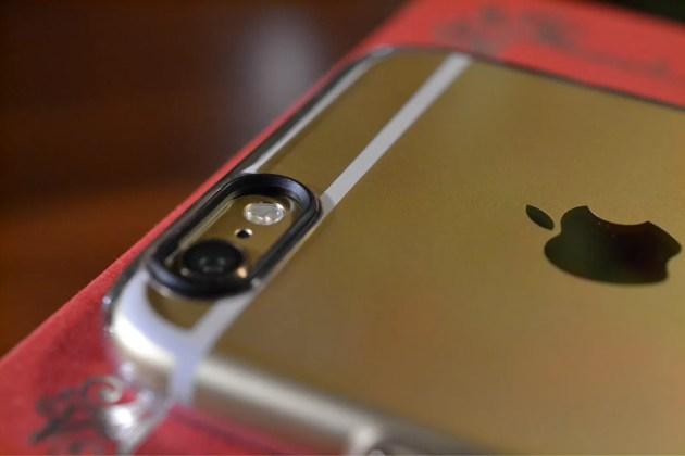 iPhone6SPIGENシンフィットカメラ部分1