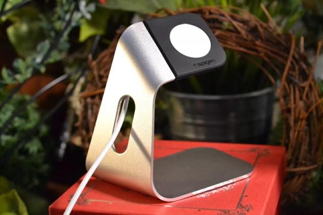 Spigen Apple Watch充電ケーブルセット1