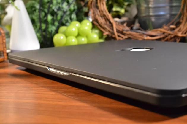 MacBook Pro13インチケースレビュー1