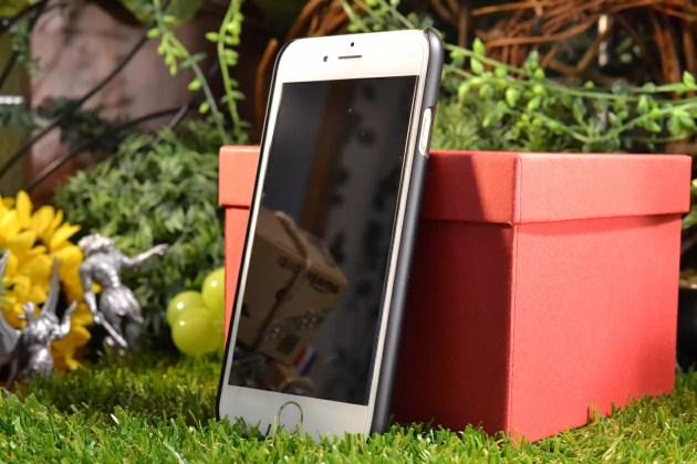 iPhone6s用Spigenシン・フィット1