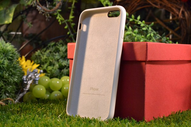 iPhone6s用Apple純正シリコンケースアンティークホワイトレビュー5