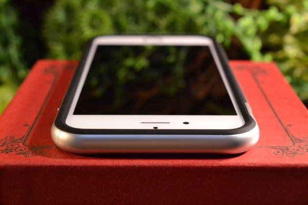 iPhone6sケースSpigenネオハイブリッドレビュー4
