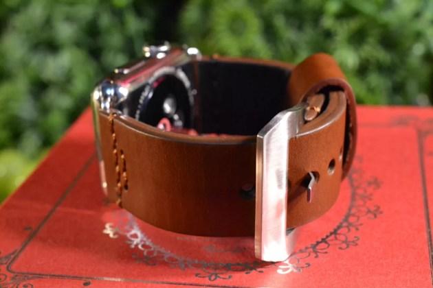 Apple Watchをパネライ風ベルトに2