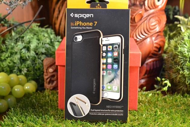 iPhone7ネオハイブリッド箱