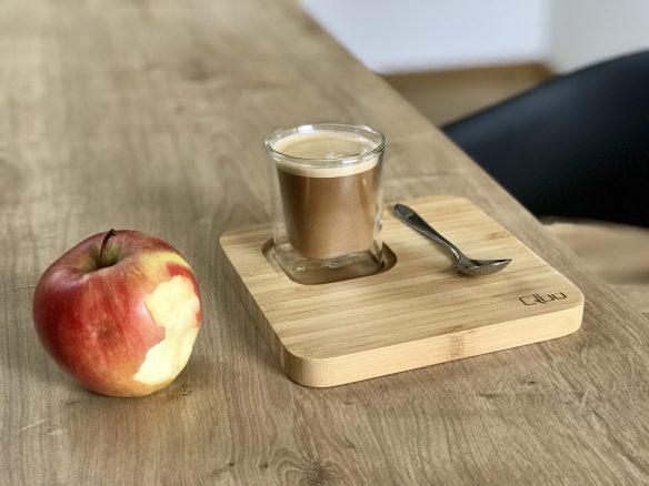 Kaffee und Apfel im Hubenhof