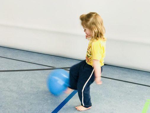 Risky Week 06 – Merlin beim Kinderturnen