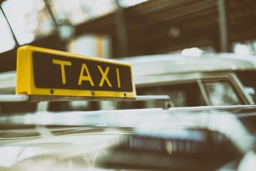 タクシー 移動