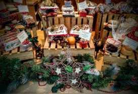 Burns the Bread Christmas Glastonbury 2018