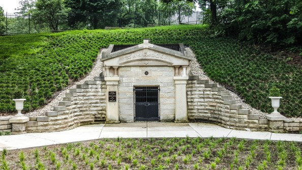 Lincoln's original tomb
