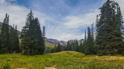 Views from the Cecret Lake Trail