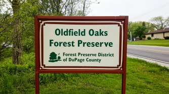 Entrance to the Oldfield Oaks parking lot and trailhead