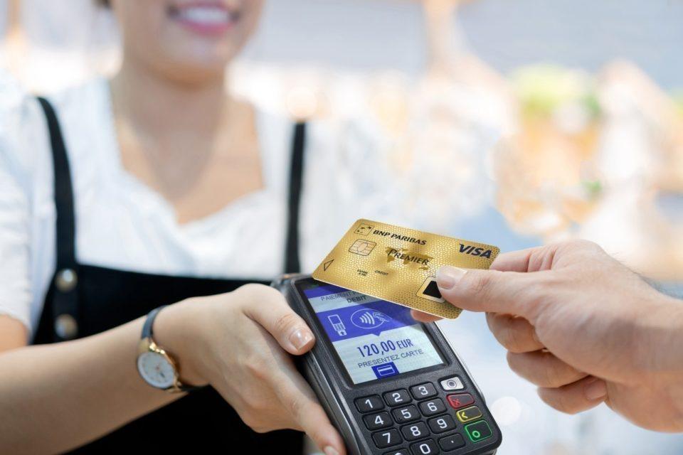 BNP Paribas : la carte bancaire biométrique va coûter près de 160 euros