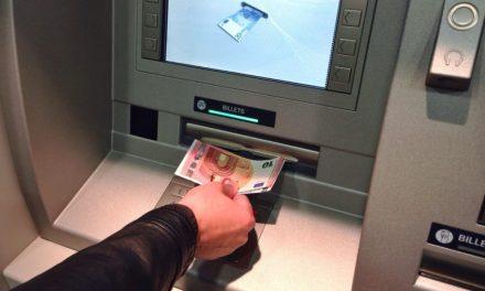 Banque : 8 cartes pour comprendre les inégalités d'accès entre les Français