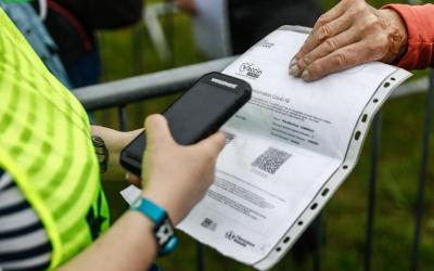 Covid-19 : les salariés sans pass sanitaire pourront « prendre des RTT ou des congés », selon Borne