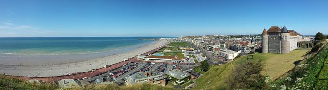 800px-France.Dieppe.City.Panorama.July2011 - Copie