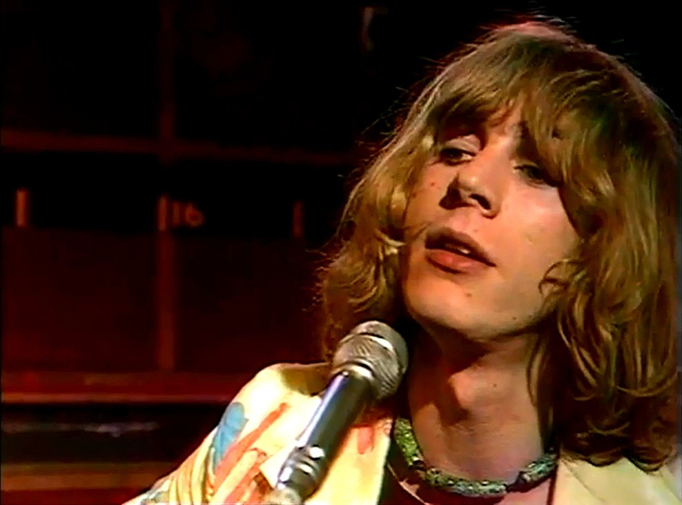 Kevin Ayers performing on Old Grey Whistle Test