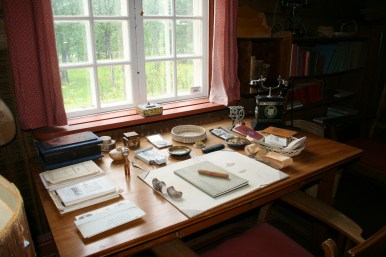 Skrivbordet i Hjalmar Lundbohms kontor. Foto: Sophie Nyblom ©Norrbottens museum.