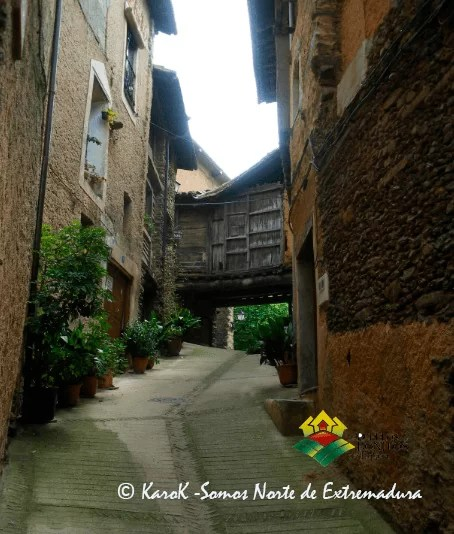 Calle en Robledillo de Gata (Extremadura)