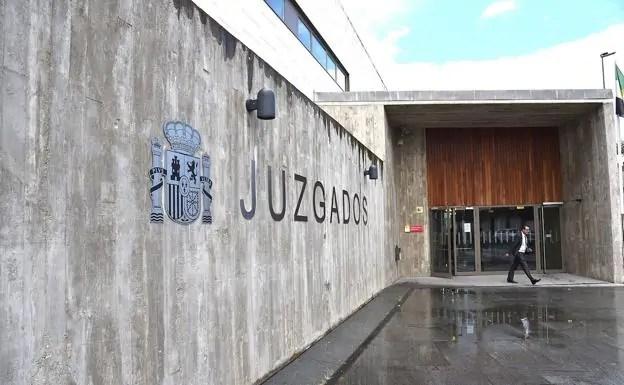 Condenado fisioterapeuta en Montehermoso por ejercer sin título