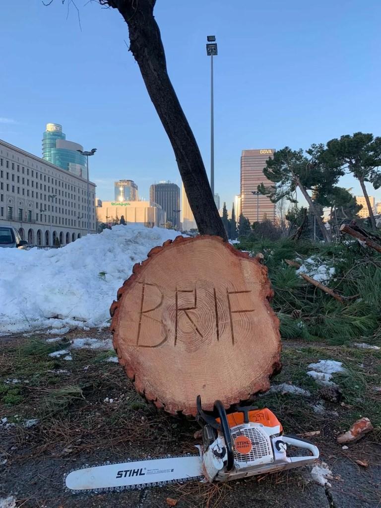 La Brif hurda limpia las calles de Madrid