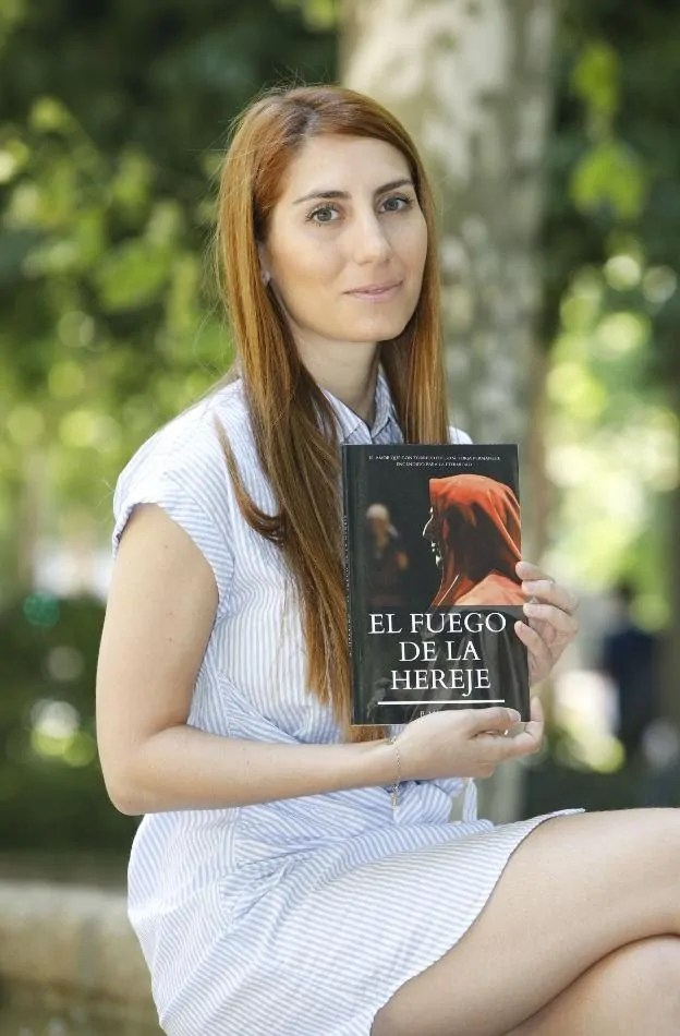Beatriz Maestro Mateo escritora de San Martín de Trevejo