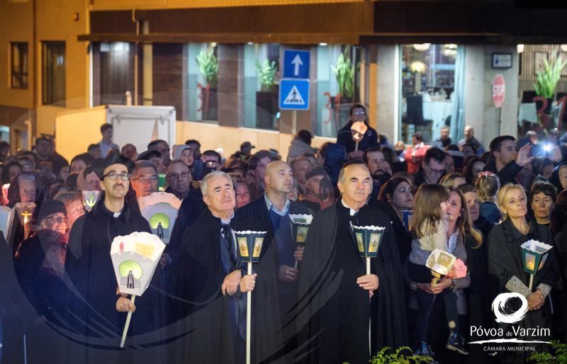 Igreja da Lapa: Cortejo dos Fachos abriu início das comemorações dos 250 anos