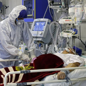 Egypt's hospitals reach max capacity, struggle to cope with caseload