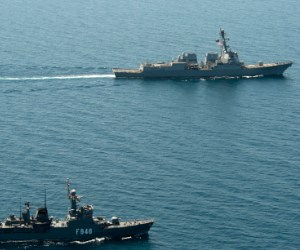 Defense: Egypt to buy two warships from Italy