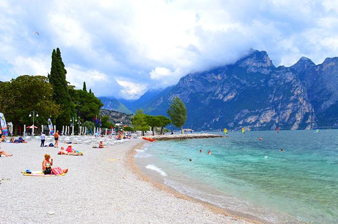 бесплатные пляжи на Озере Гарда