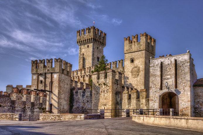 самые красивые замки и крепости Италии