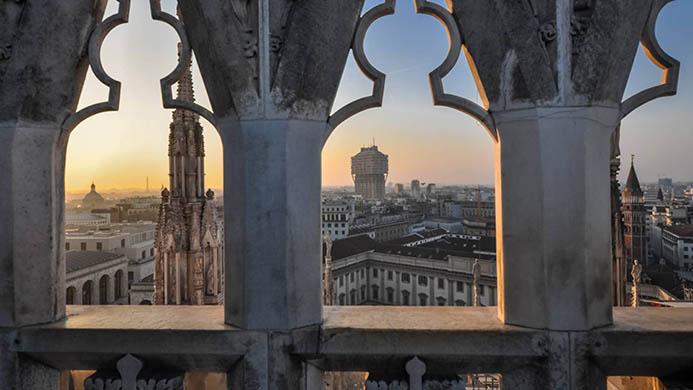 тур на авто в Милане