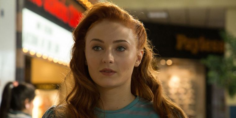 The stunning Sophie Turner as the powerful Jean Grey/The Phoneix  (X-Men: Apocalypse, 20th Century Fox, Marvel Entertainment)