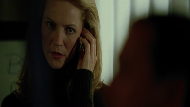 The pragmatic Pam Landy (Joan Allen) (The Bourne Supremacy, Universal Pictures)