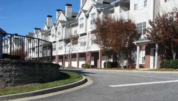Condo Alpharetta Neighborhood