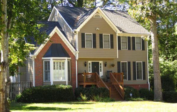 Alpharetta Home Located In Providence Square