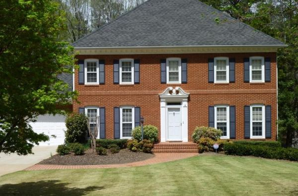 Peachtree Corners Home In Peachtree Station Subdivision