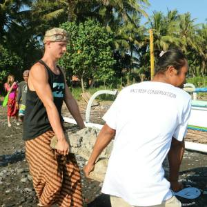 volunteer bali marine reef conservation