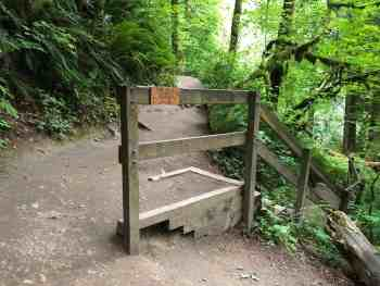 Twin Falls Trail Junction for Twin Falls Lookout