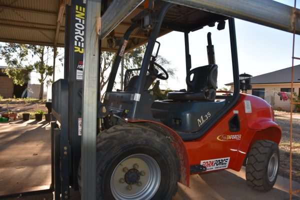 Quality Used Forklift Ultra low hours